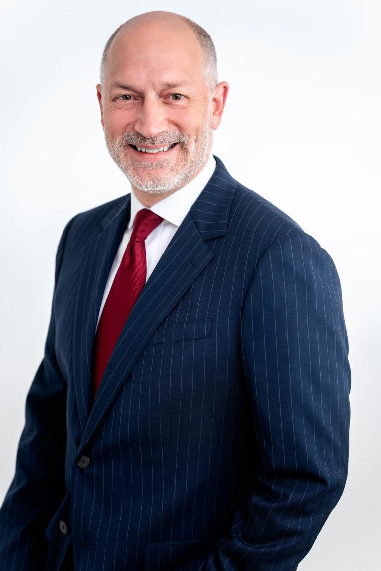 Stamford-lawyer-headshot-magazine-slager-uncropped-sm